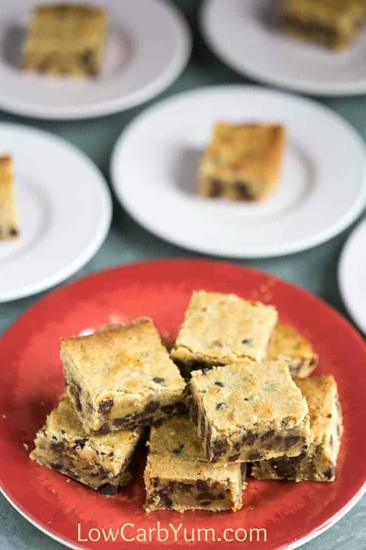 Sugar Free Pecan Blondies Recipe with Chocolate Chips | Low Carb Yum