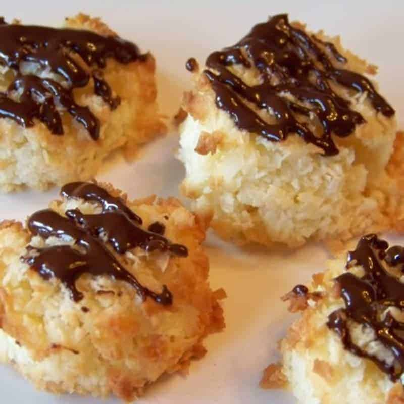 Low Carb Coconut Macaroons