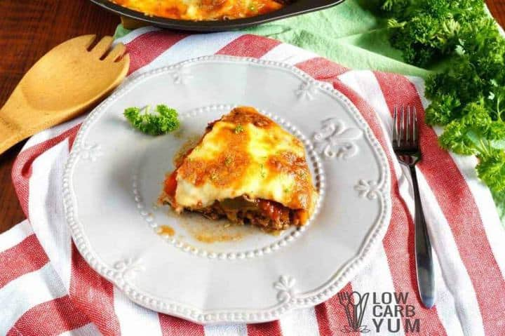 Hamburger pie casserole slice