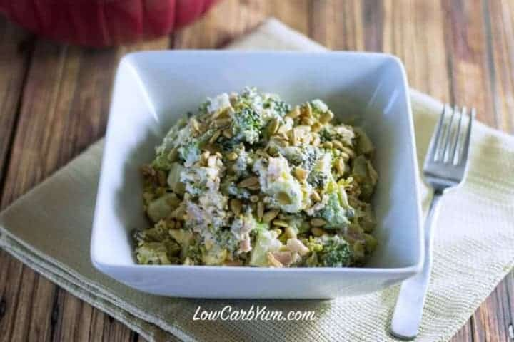 Low carb broccoli salad with bacon and cheese featured