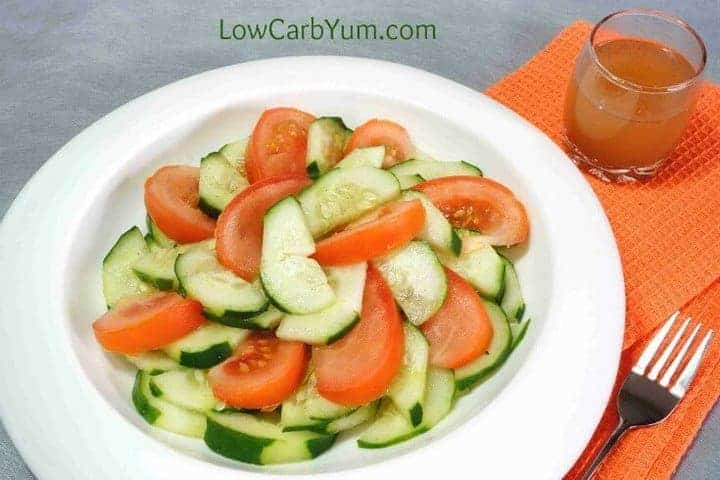 Low carb tomato cucumber vinegar salad short