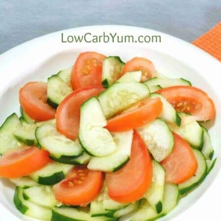 Low carb tomato cucumber vinegar salad square