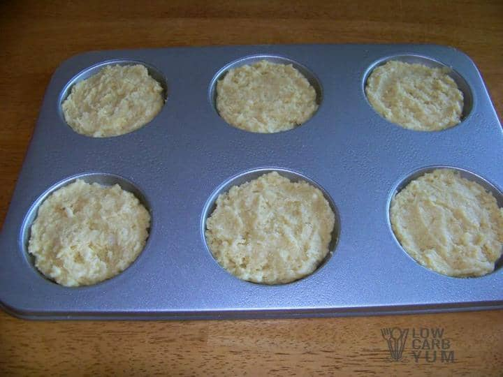Low carb banana whoopie pies in pan
