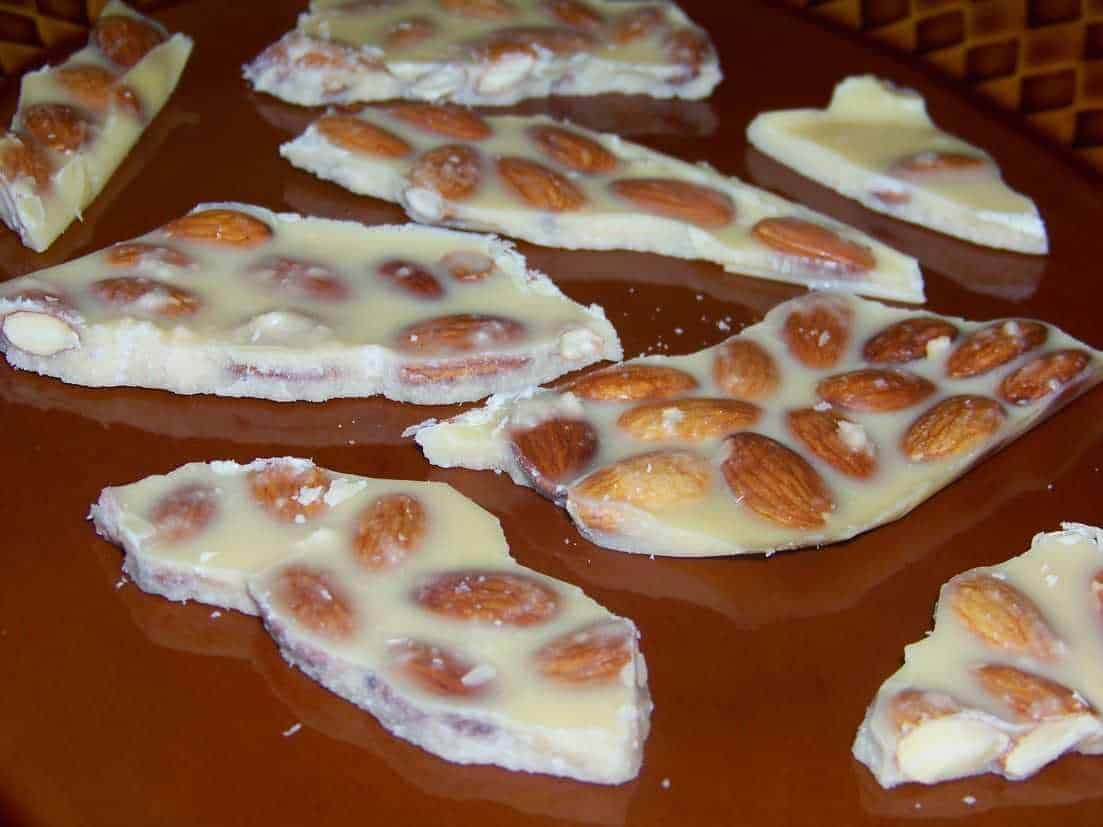 Sugar Free Low Carb White Chocolate Almond Bark