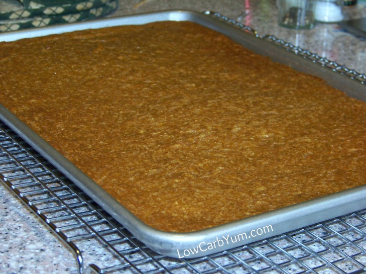 Low carb pumpkin spice cake bars recipe