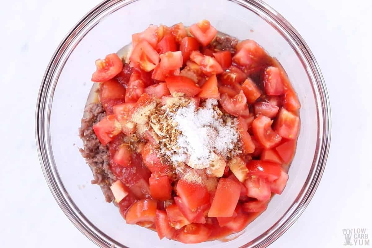 beef tomato mixture in bowl