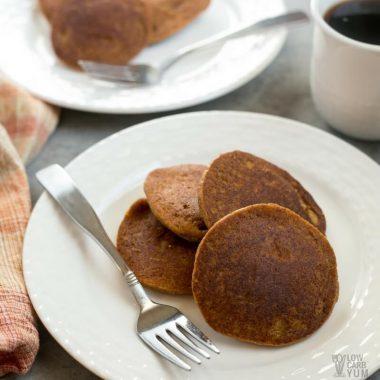 Gluten Free Low Carb Pumpkin Pancakes – Almond Flour