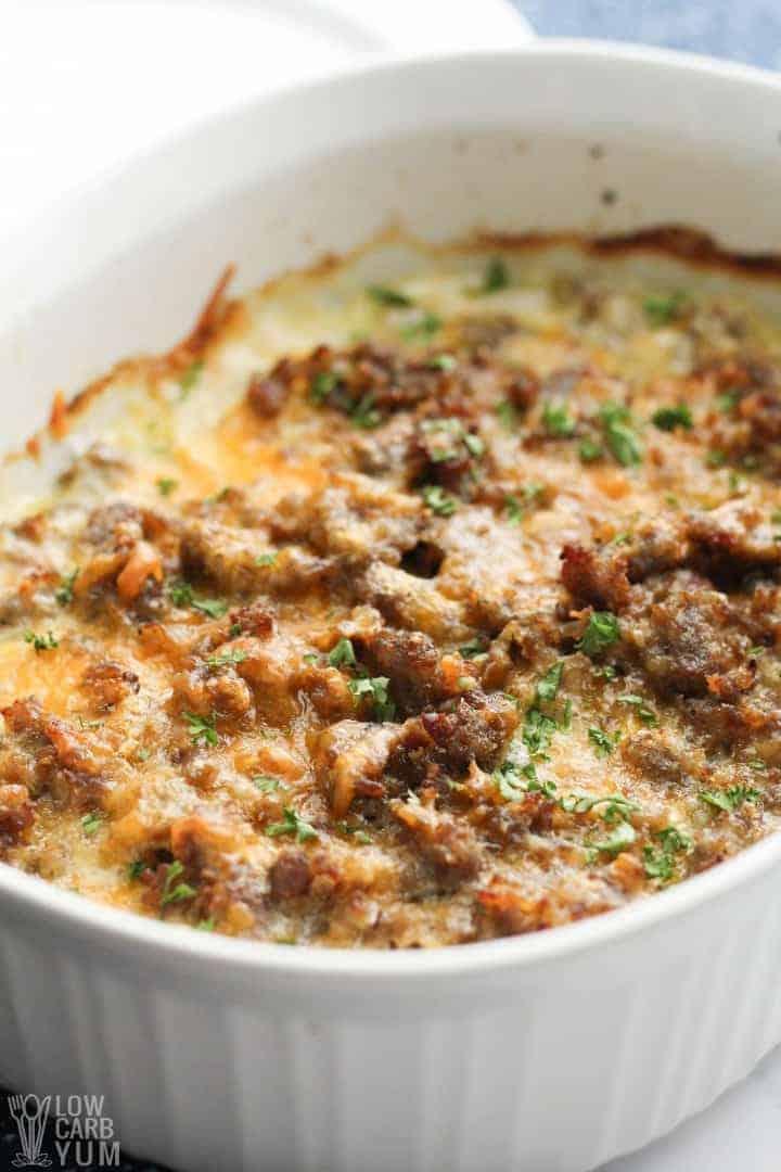 Daikon sausage casserole in pan