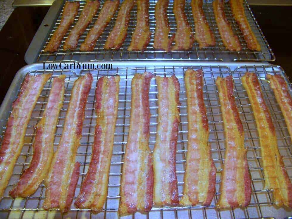 Baking bacon in oven on racks