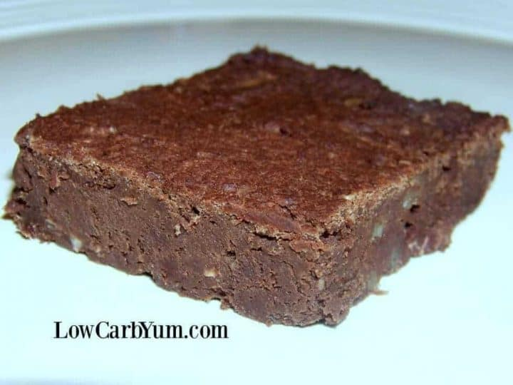 Fudgy low carb black bean brownies made with soybeans. The recipe is quick to prepare so you'll be enjoying this low sugar chocolate treat in no time.