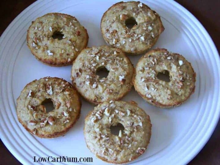 Low carb banana donuts muffins