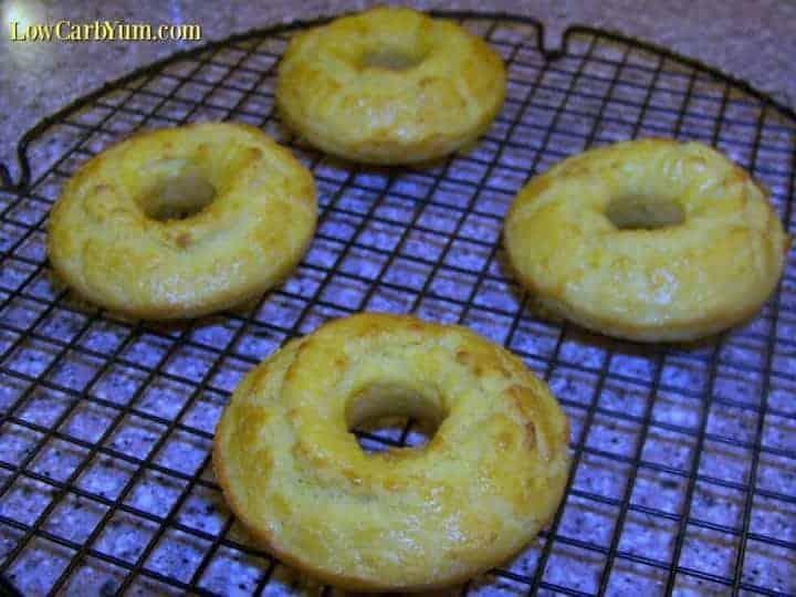 Garlic coconut flour low carb bagels