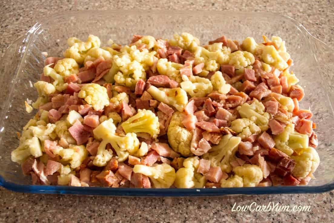 low carb cauliflower and ham in casserole