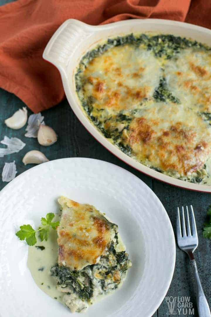 An easy cheesy low carb tuna casserole with spinach recipe.