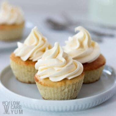 coconut flour keto cupcakes