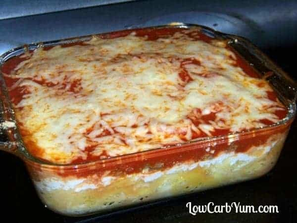 Spaghetti squash lasagna with meat casserole