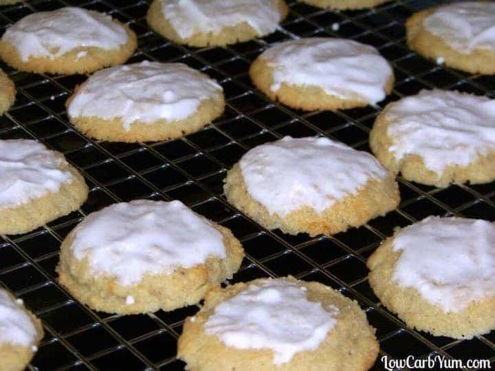 Low carb gluten free almond ricotta cheese cookies recipe