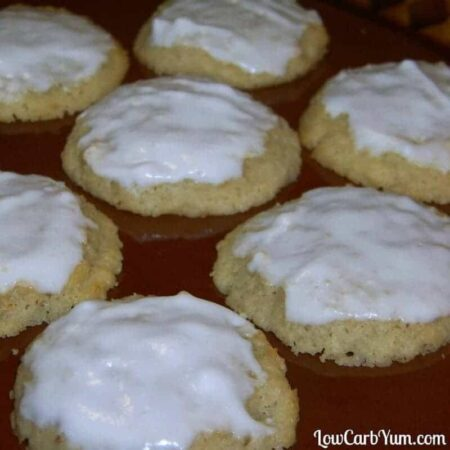 Almond ricotta cheese cookies