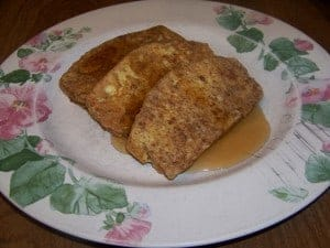 Low carb gluten free cinnamon french toast