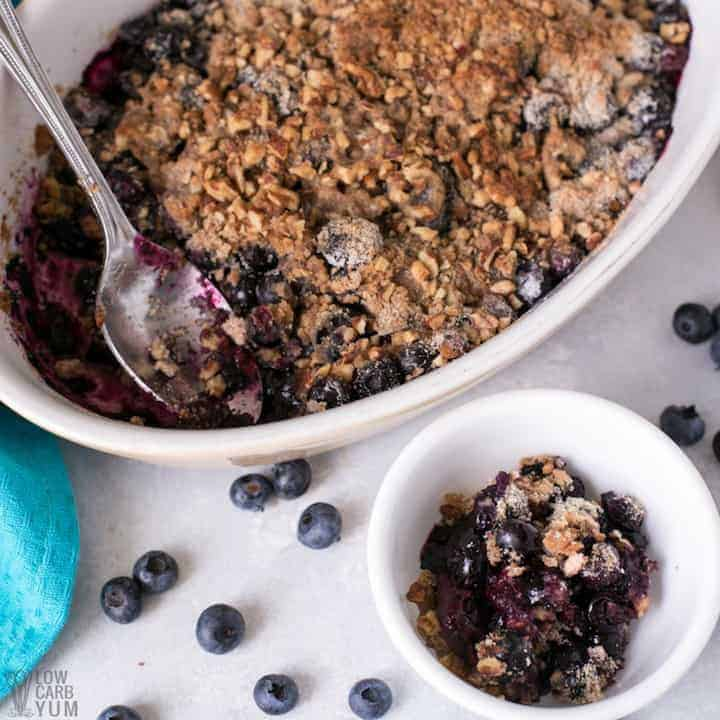 A healthy gluten free blueberry crisp that's low carb