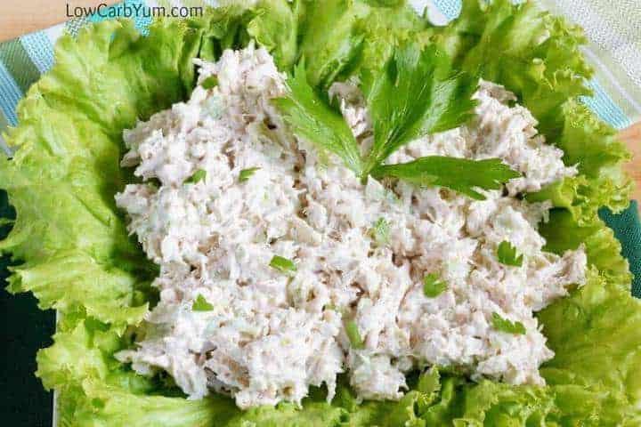 Salată de pui cu carbohidrați scăzut - fără gluten