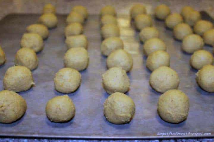 Making sugar free pumpkin truffles recipe