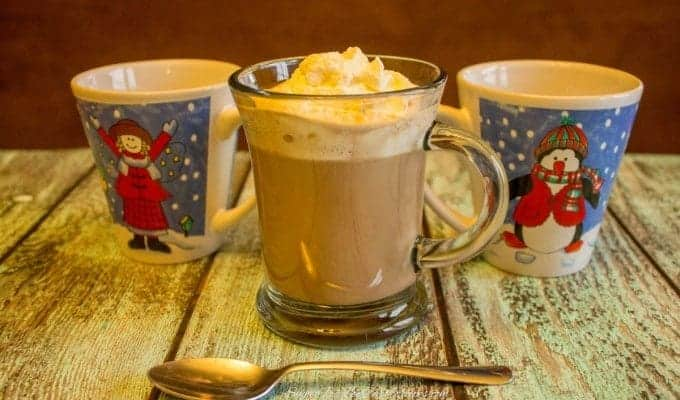 Hot Chocolate & Holiday Giveaway