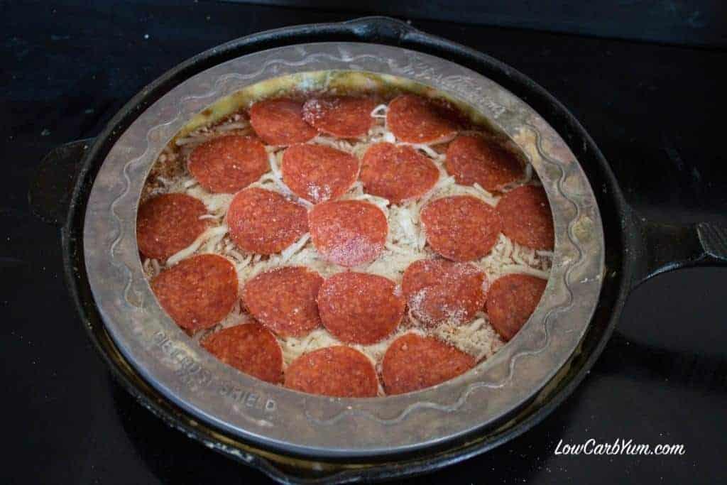deep dish cast iron skillet pizza crust shield