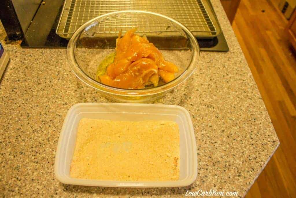 Low carb gluten free coconut flour chicken tenders prep baked paleo recipe