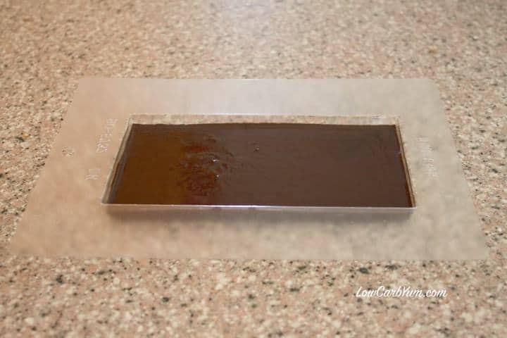 homemade low carb chocolate with stevia bar mold