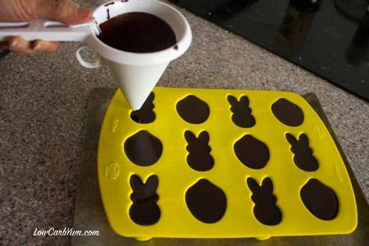 filling chocolate candy molds