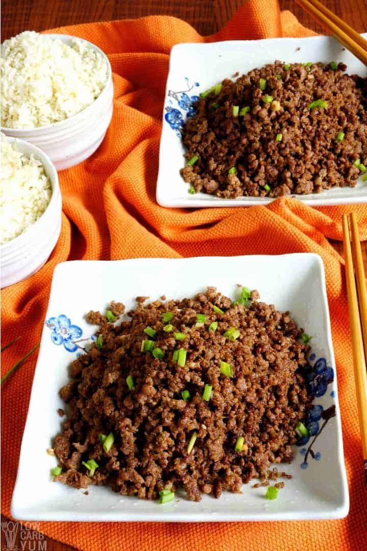 Easy keto paleo Korean ground beef recipe. #lowcarb #keto #paleo #whole30 #KoreanFood #glutenfree #easyrecipe #ketorecipes #weightwatchers #atkins #southbeach | LowCarbYum.com