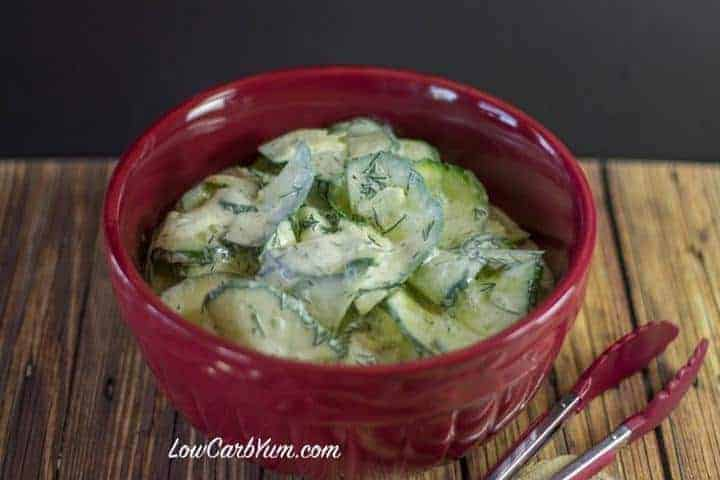Here's a creamy low carb dill cucumber salad made with a sour cream and vinegar based dressing. Keto and Banting diet friendly!