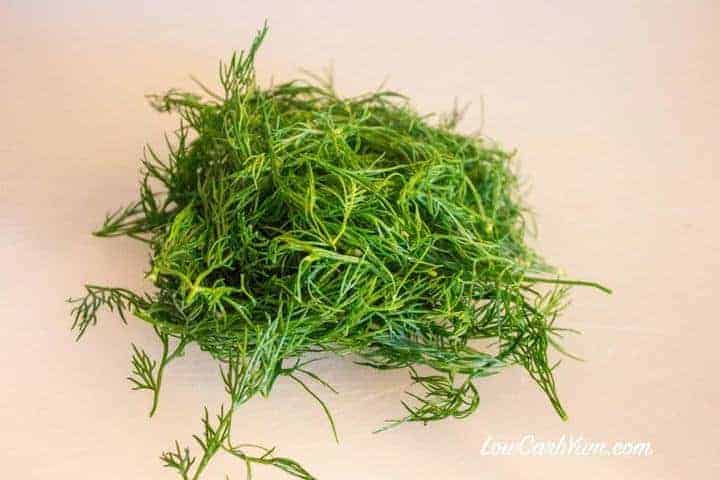 fresh dill with stalks removed