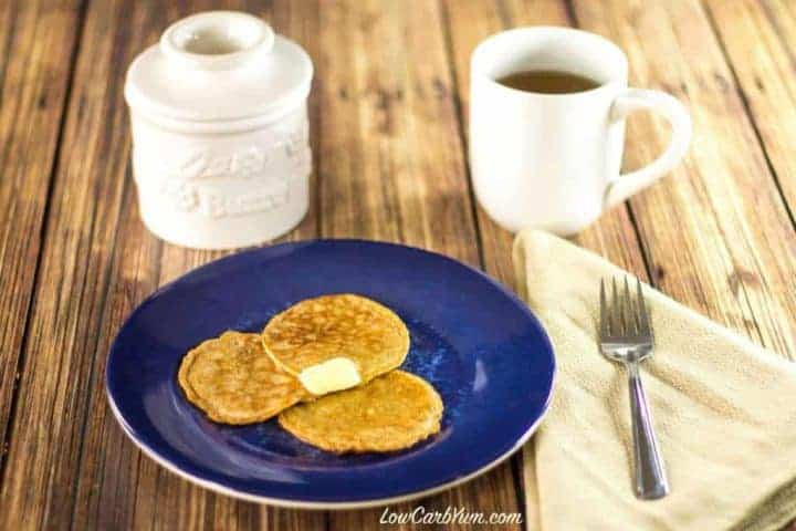 Super low carb flourless cinnamon Egg Fast pancakes. This pancake recipe is suitable for gluten free, keto, Banting, and other low carb high fat diets.