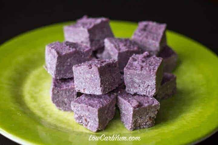 low carb blackberry coconut fat bomb recipe