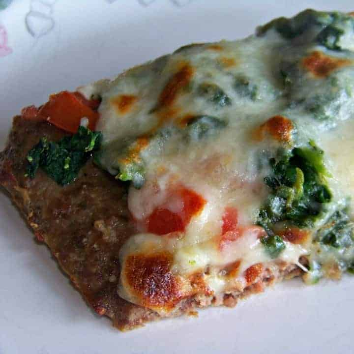 Low carb meatza pizza