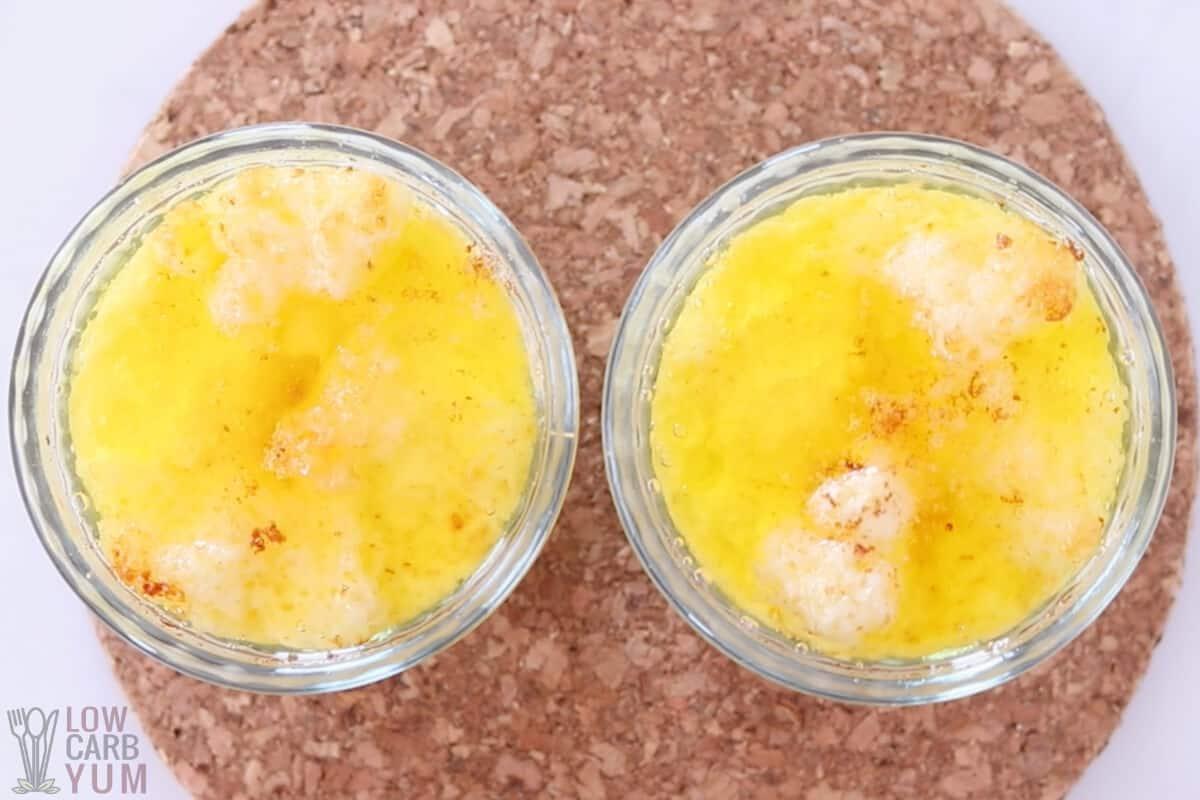 baked eggs in ramekins