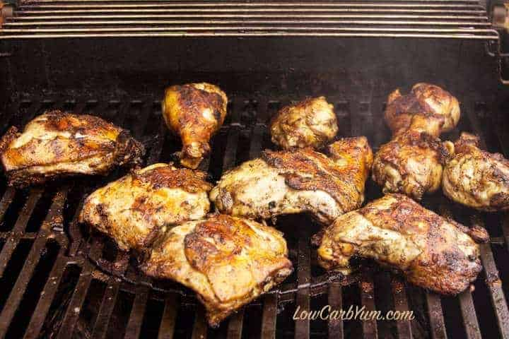Cooking marinated chicken on the grill