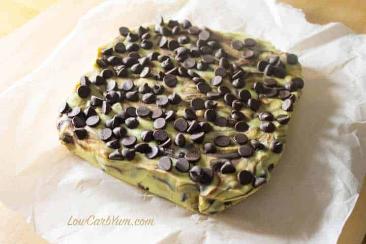 Low carb mint chocolate chip fudge block