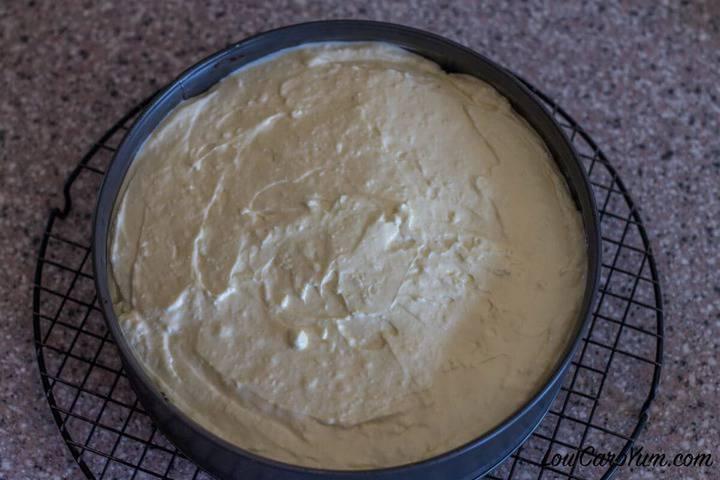 Gluten free low carb Boston cream cheesecake layer