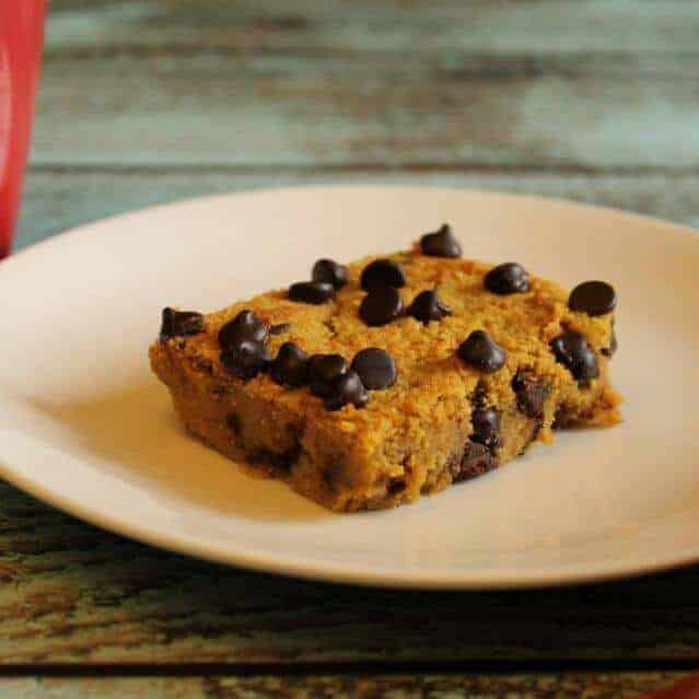 low-carb-chocolate-chip-pumpkin-blondie-1024x682