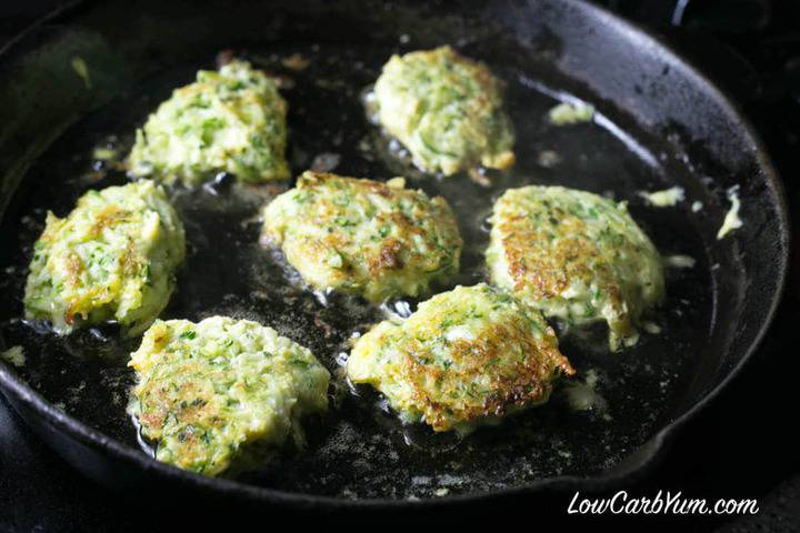 Low carb gluten free zucchini fritters