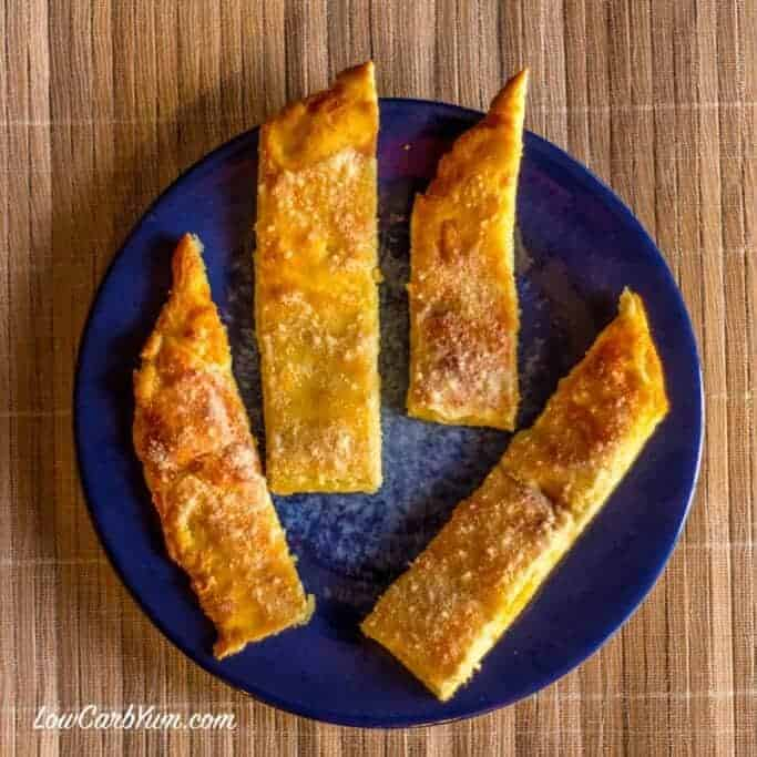 Low carb appetizer - bread sticks