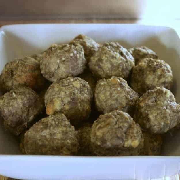 Low carb appetizer - meatballs