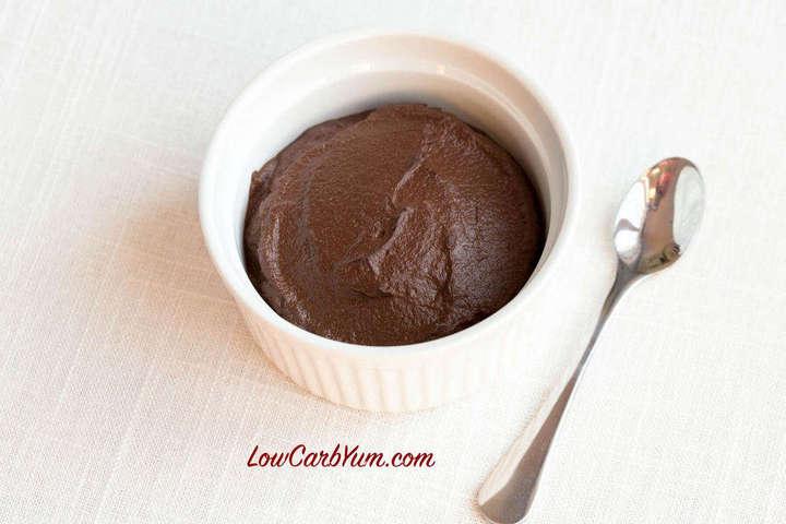 Low carb cauliflower chocolate pudding