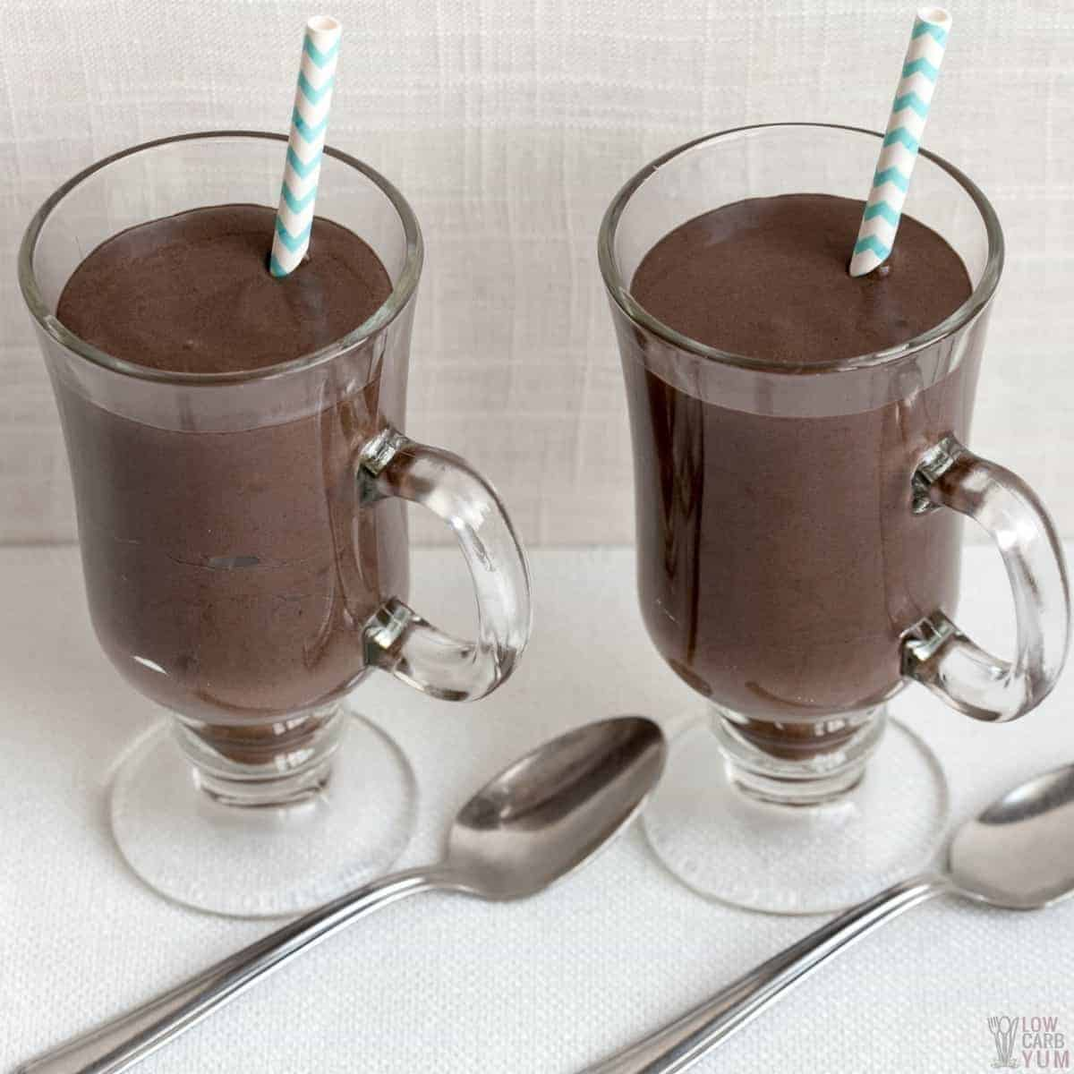 thick milkshakes in glass coffee cups