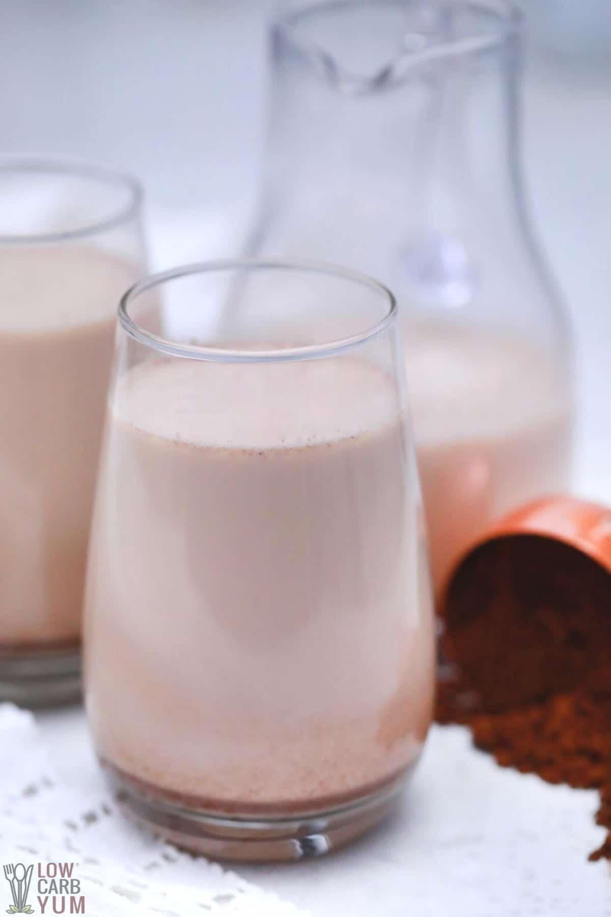 sugar free keto baileys irish cream in glasses and pitcher
