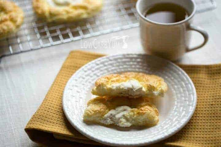 Low carb gluten free cloud bread cheese danish recipe | LowCarbYum.com