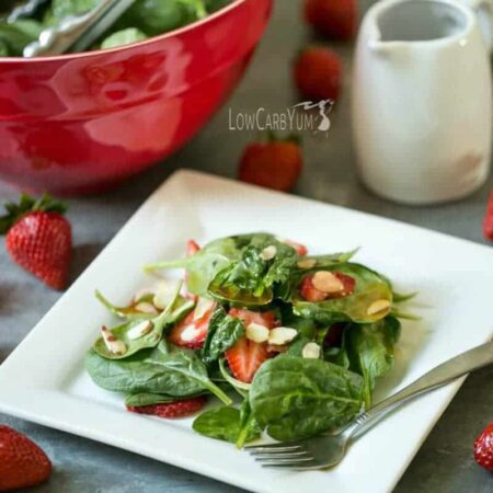 Spinach-Strawberry-Salad-with-Vinaigrette